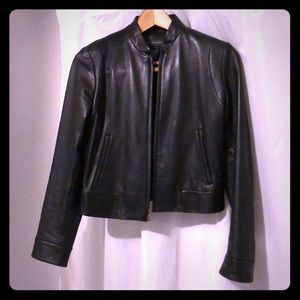 Exquisite cropped black leather jacket